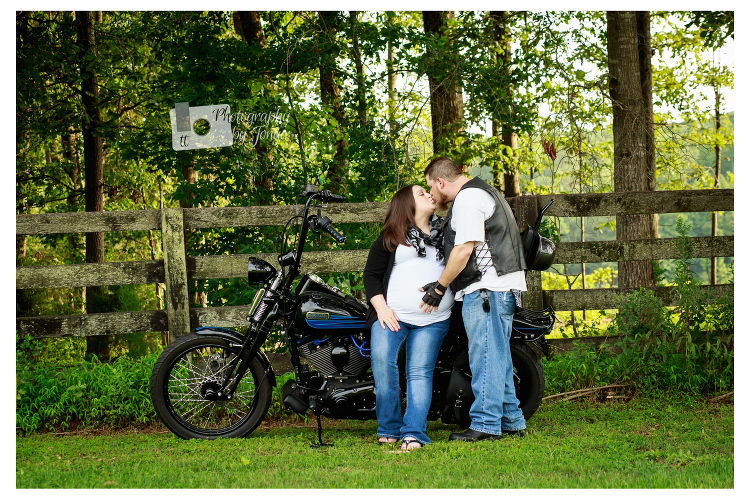 Customized maternity photography Raleigh
