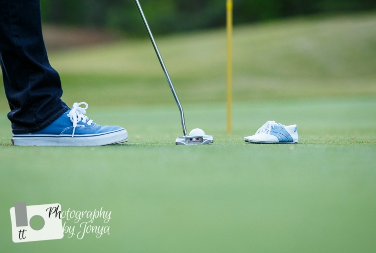 golf maternity photo in Raleigh