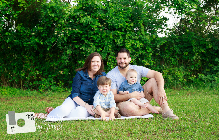 Holly Springs family photography session at Sugg Farm
