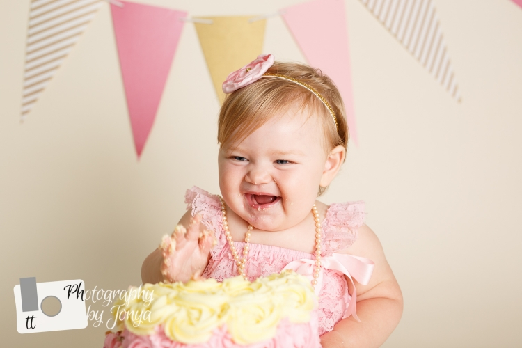 Pink and gold cake smash photography