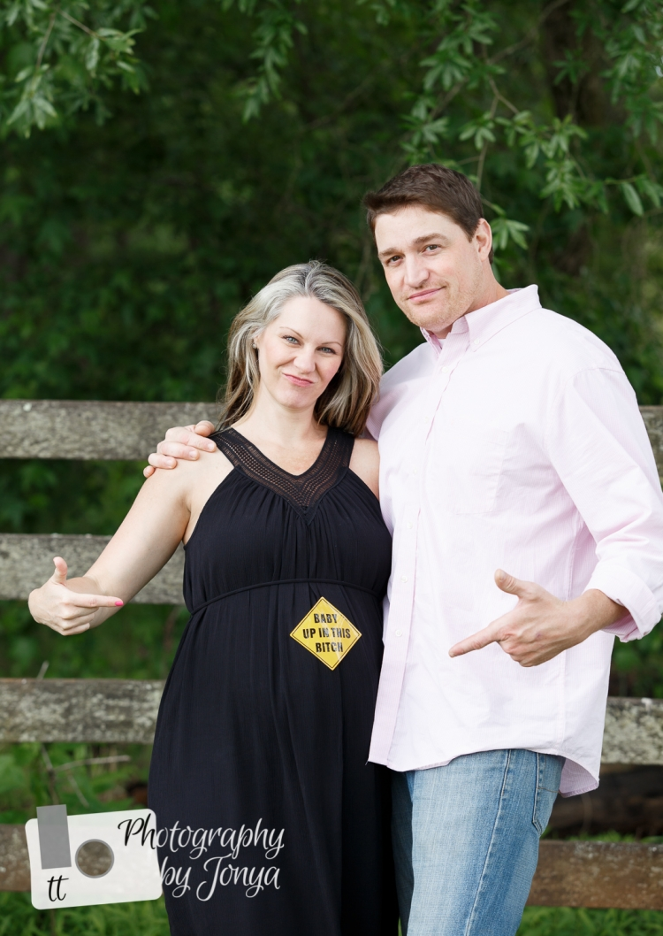 Funny maternity photography