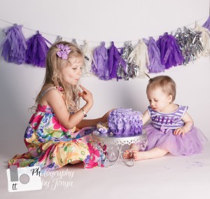 Sibling cake smash photography