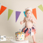 Cake smash photography for a little girl