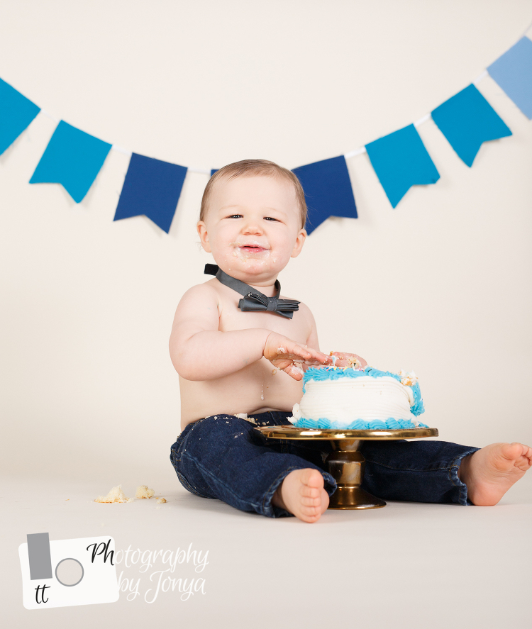 Raleigh NC Cake Smash Photography