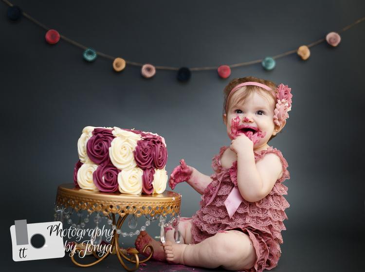 NC Cake Smash Photographer