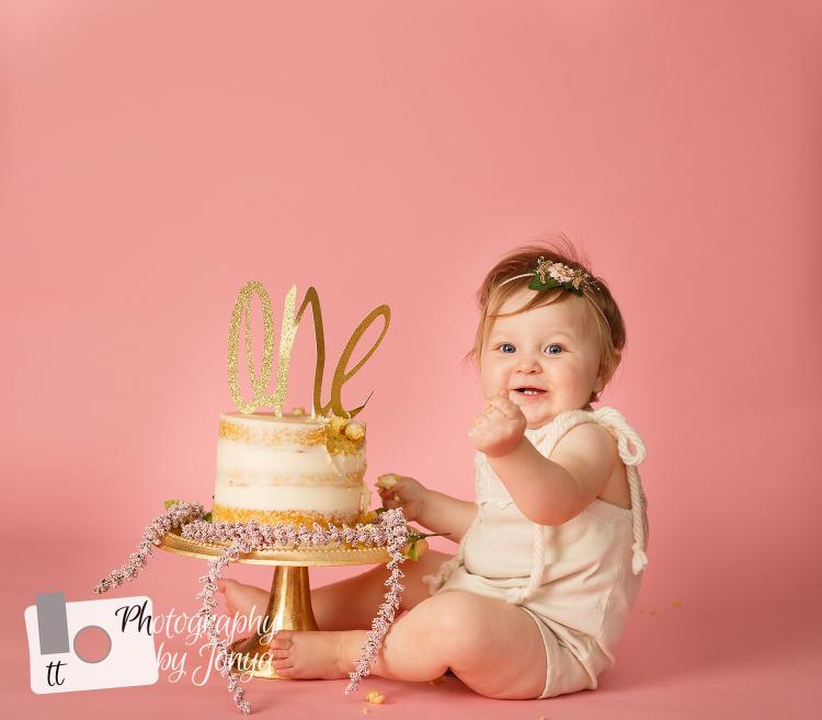 First birthday photographer Raleigh