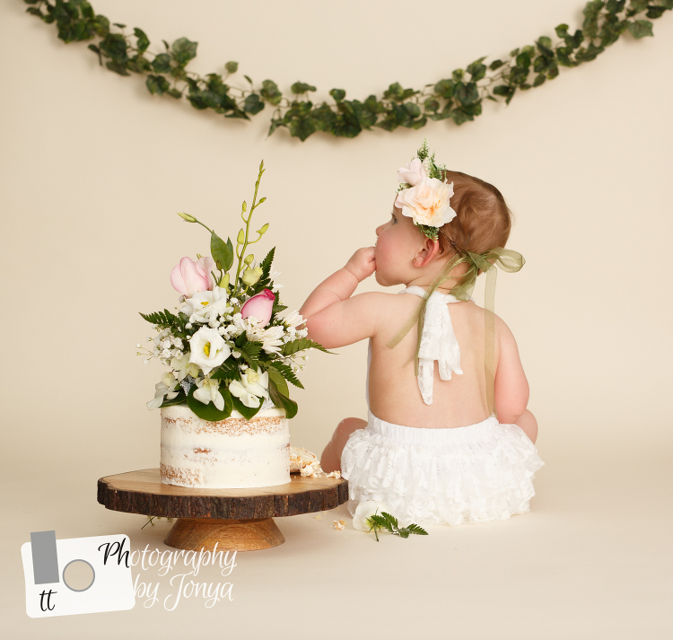 Raleigh NC Cake Smash Photographer
