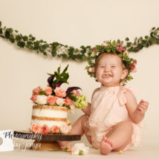 Cake Smash First birthday photographer