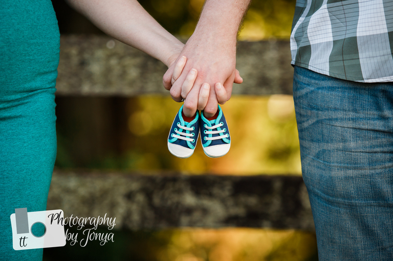 Maternity Photographer Raleigh