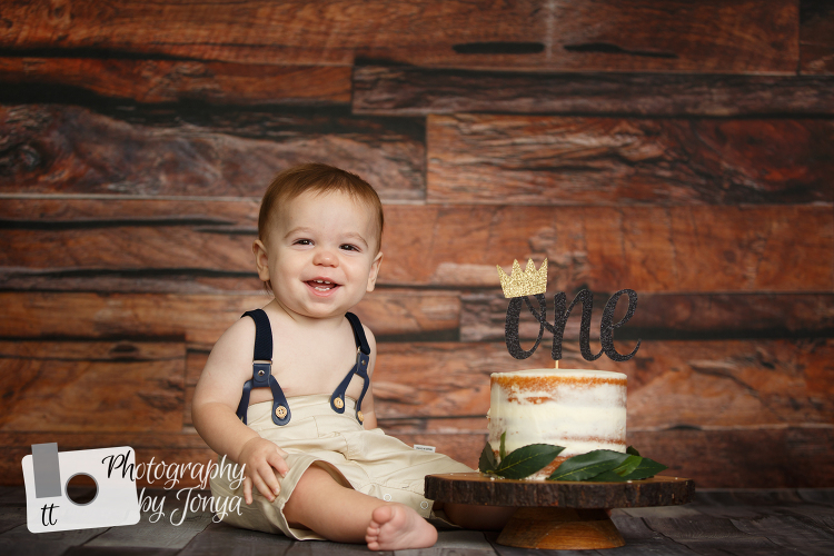 Rustic boy cake smash