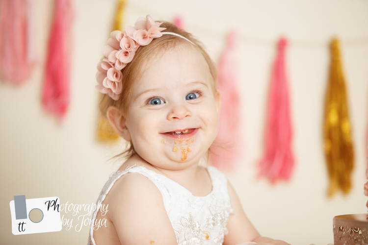 First birthday photographer Holly Springs