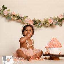 Peach cake smash